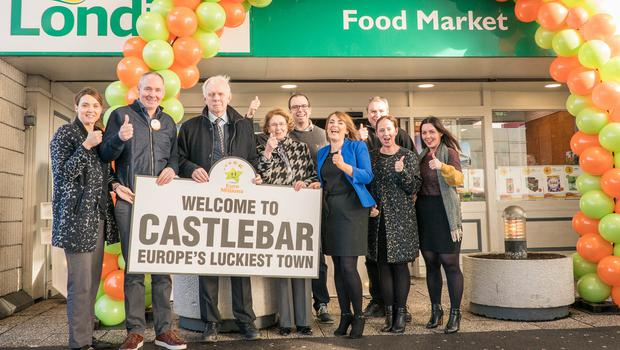 The Mulroy Family at Mulroy's Londis, Castlebar, Co Mayo where a €17m EuroMillions ticket was sold (Photo:Keith Heneghan)