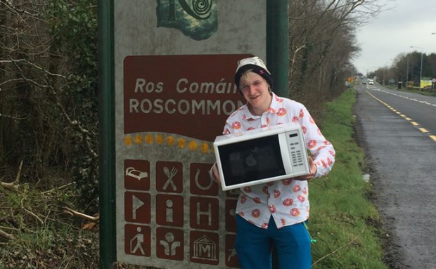 Diarmuid McCleary, who is fundraising for Jigsaw, by hitch hiking around Ireland.