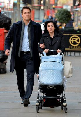 Goldman Sachs banker Sonia Pereiro-Mendez arrives with an unknown man at the Central London Employment Tribunal in London, after she claimed she was cheated out of millions of pounds in bonuses and subjected to sexist comments because she is a woman. Photo: John Stillwell/PA Wire