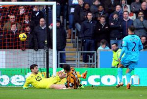 Shane Long of Hull City scores his debut goal during the Barclays Premier League match between Hull City and Tottenham Hotspur