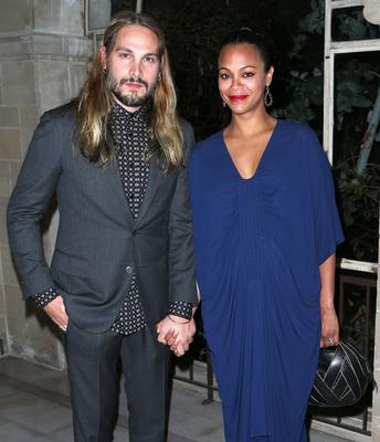 Sculpture Marco Perego (L) and actress Zoe Saldana attend LAXART's 1st Biannual Gala at Greystone Mansion on September 27, 2014 in Beverly Hills, California.  (Photo by Frederick M. Brown/Getty Images)