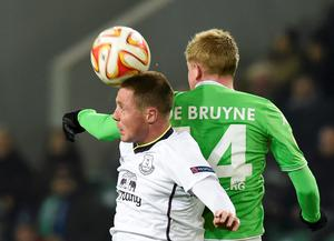 McCarthy limped off in the early stages of the Toffees' Europa League meeting with Wolfsburg on Thursday evening with a recurrence of the issue that has troubled him throughout the autumn and led to tensions with the Irish camp. REUTERS/Fabian Bimmer