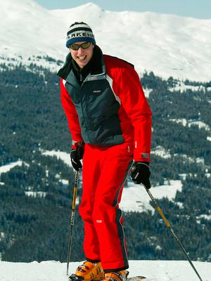 Prince William skies in the Swiss village of Klosters at the start of their annual skiing holiday in the Swiss Alps on March 28, 2004 in Switzerland. (Photo by Pascal Le Segretain/Getty Images)