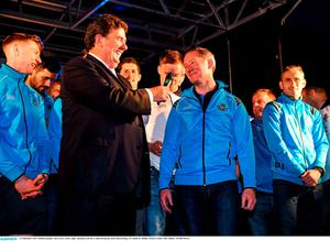21 September 2015; Dublin manager Jim Gavin, centre right, speaking with Des Cahill during the team homecoming. O'Connell St, Dublin. Picture credit: Paul Mohan / SPORTSFILE