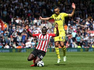 "Football - Southampton v Tottenham Hotspur - Barclays Premier League - St Mary's Stadium - 25/4/15 Southampton's Sadio Mane and Tottenham's Nabil Bentaleb in action Action Images via Reuters / Paul Childs Livepic EDITORIAL USE ONLY. No use with unauthorized audio, video, data, fixture lists, club/league logos or ""live"" services. Online in-match use limited to 45 images, no video emulation. No use in betting, games or single club/league/player publications.  Please contact your account representative for further details."