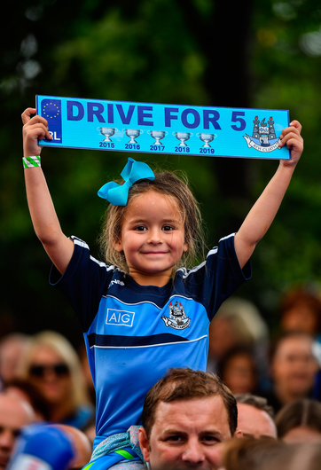 29 September 2019; Dublin supporter Hannah O'Brien, age 5, during the Dublin Senior Football teams homecoming with the Sam Maguire Cup at Merrion Square in Dublin. Photo by David Fitzgerald/Sportsfile