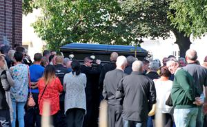 The body of Gerard 'Hatchet' Kavanagh, who was shot dead in Harmons Irish Bar in the Costa del Sol, Spain two weeks age is carried from the Church Of Our Lady Of Good Council , Drimnagh this afternoon after his funeral mass. Picture Colin Keegan, Collins Dublin.