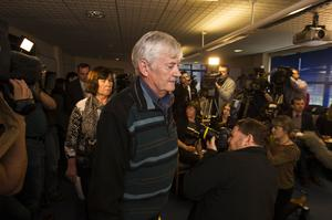 John and Marian Buckley at a  press briefing at Govan Police Office for the whereabouts of their daughter Karen who went missing in Glasgow.  Photo: Mark Condren