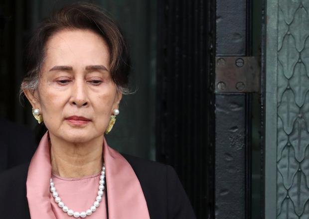 Myanmar's leader Aung San Suu Kyi leaves after attending a hearing in a case filed by Gambia against Myanmar alleging genocide against the minority Muslim Rohingya population, at the International Court of Justice (ICJ) in The Hague, Netherlands December 10, 2019. REUTERS/Yves Herman