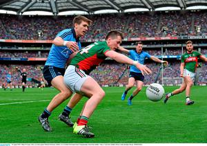 30 August 2015; Cillian O'Connor, Mayo, in action against Michael Fitzsimons, Dublin. GAA Football All-Ireland Senior Championship, Semi-Final, Dublin v Mayo, Croke Park, Dublin. Picture credit: Brendan Moran / SPORTSFILE