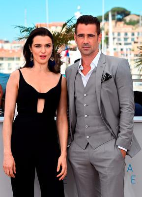 """British actress Rachel Weisz (L) and Irish actor Colin Farrell pose during a photocall for the film """"The Lobster"""" at the 68th Cannes Film Festival"""