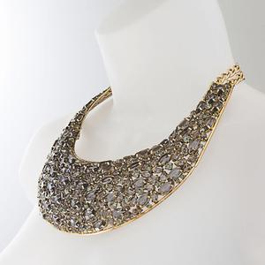 Newbridge eShe stone collar €85