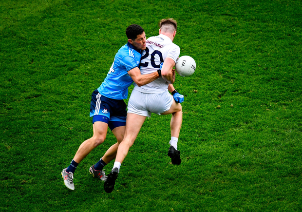 Kildare's Kevin O'Callaghan is dispossessed by Dublin's Rory O'Carroll during the Leinster SFC semi-final. Photo by Stephen McCarthy/Sportsfile
