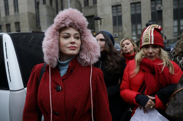 Rose McGowan arrives with Rosanna Arquette to speak to reporters outside New York Criminal Court on the first day of film producer Harvey Weinstein's sexual assault trial in the Manhattan borough of New York City, New York, U.S., January 6, 2020. REUTERS/Jeenah Moon