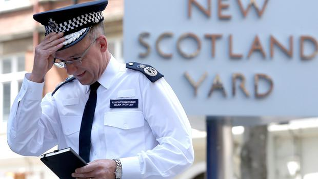 Assistant Commissioner of the Metropolitan Police, Mark Rowley, enters the New Scotland Yard in London, June 27, 2015, after reading a statement regarding the latest security arrangements in Britain following the attacks in Tunisia and France. REUTERS/Peter Nicholls