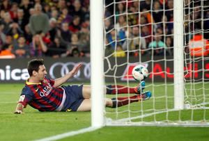 Barcelona's Lionel Messi in action against Rayo Vallecano