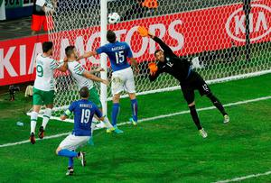 Republic of Ireland's Shane Duffy misses a chance to score