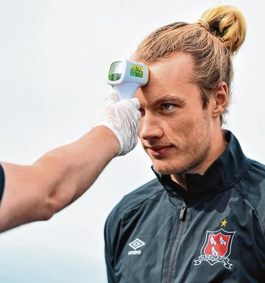 Back in action: Greg Sloggett prepares for Dundalk training session at Oriel Park in Louth. Photo: Ben McShane/Sportsfile