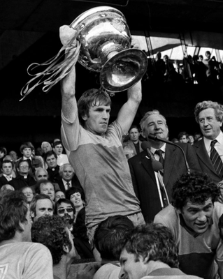 Jimmy Deenihan lifts the Sam Maguire for Kerry in 1981. Photo: Ray McManus / SPORTSFILE