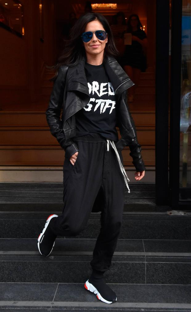 Cheryl Cole seen leaving the Westbury Hotel in Dublin and jumped into a chauffer driven car. Picture: Cathal Burke / VIPIRELAND.COM