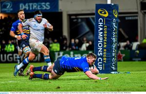 Tadhg Furlong, Leinster, goes over to score his side's fifth try