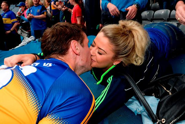 Tipperary's Conor Sweeney kisses his girlfriend Shauna Hill after the victory. Photo by Eóin Noonan/Sportsfile