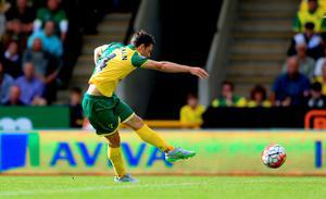 Norwich City's Wesley Hoolahan scores his side's second goal of the game
