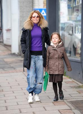 LONDON, UNITED KINGDOM - MARCH 18: Geri Halliwell pictured on the school run on March 18, 2013 in London, England. (Photo by SAV/FilmMagic)