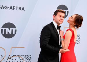 Allen Leech (L) and Jessica Blair Herman attend the 25th Annual Screen ActorsGuild Awards at The Shrine Auditorium on January 27, 2019 in Los Angeles, California.  (Photo by Frazer Harrison/Getty Images)