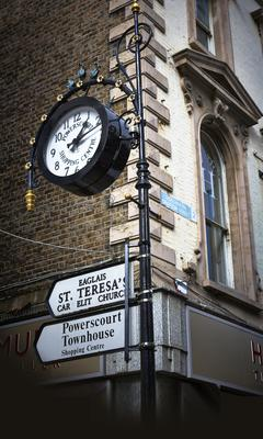 Signs for Powerscourt Townhouse Shopping Centre on Grafton Street