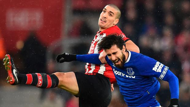 Southampton's Oriol Romeu rises with Everton's André Gomes. Photo: Getty Images