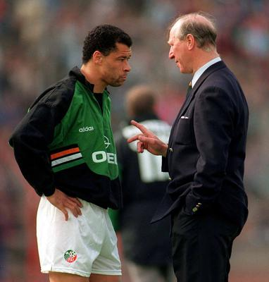Jack Charlton talks tactics with Paul McGrath before Ireland's 1994 win over Germany in Stuttgart. Photo by Ray McManus/Sportsfile