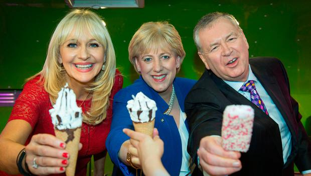 ICE CREAM......Pictured at The Photo call to launch The Cruinniú na Cásca, an new national day of culture and creativity which will take place on Easter Monday Nationwide, at RTE this morning were; Miriam O'Callaghan and Heather Humphreys, Minister for Arts, Heritage, Regional, Rural and Gaeltacht Affairs and Joe Duffy. Credit: Colin O'Riordan
