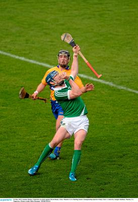 24 May 2015; Seamus Hickey, Limerick, in action against David Reidy, Clare. Munster GAA Hurling Senior Championship Quarter-Final, Clare v Limerick. Semple Stadium, Thurles, Co. Tipperary. Picture credit: Dire Brennan / SPORTSFILE