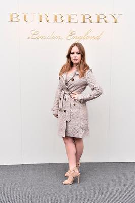 Tanya Burr wearing Burberry at the Burberry Womenswear February 2016 Show at Kensington Gardens on February 22, 2016 in London, England.  (Photo by Gareth Cattermole/Getty Images for Burberry)