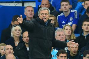 Jose Mourinho shows his frustration on the sideline. Photo credit: Tom Dulat/Getty Images