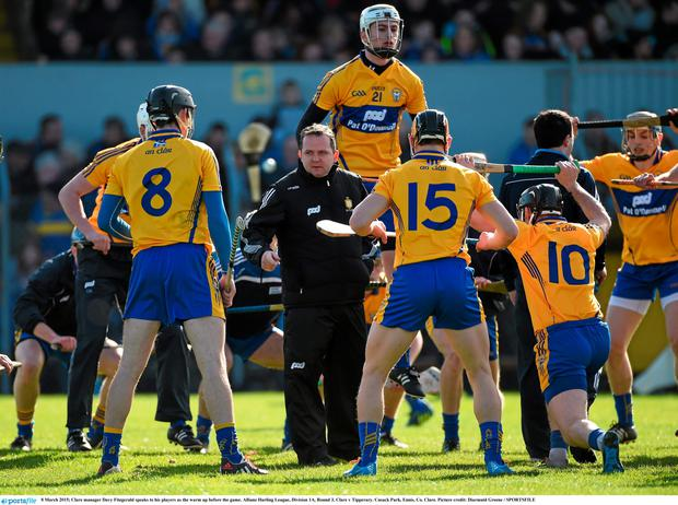 8 March 2015; Clare manager Davy Fitzgerald speaks to his players as the warm up before the game. Allianz Hurling League, Division 1A, Round 3, Clare v Tipperary. Cusack Park, Ennis, Co. Clare. Picture credit: Diarmuid Greene / SPORTSFILE