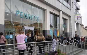 Punter power: Consumer confidence will help drive our recovery as the economy reopens. Photo: Colin Keegan, Collins Dublin