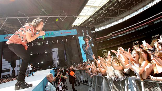 Harry Styles of One Direction performs on stage during Capital FM's Summertime Ball at Wembley Stadium, London. PRESS ASSOCIATION Photo. Picture date: Saturday June 6, 2015. See PA story SHOWBIZ Summertime. Photo credit should read: Yui Mok/PA Wire
