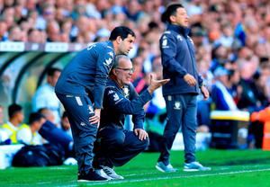 Leeds United manager Marcelo Bielsa (centre) gestures from the touchline during the Sky Bet Championship match at Elland Road, Leeds. Photo credit should read: Mike Egerton/PA Wire.