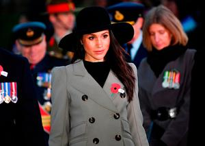Prince Harry and Meghan Markle attend the Dawn Service at Wellington Arch to commemorate Anzac Day on April 25, 2018 in London, United Kingdom. (Photo by Toby Melville - WPA Pool/Getty Images)