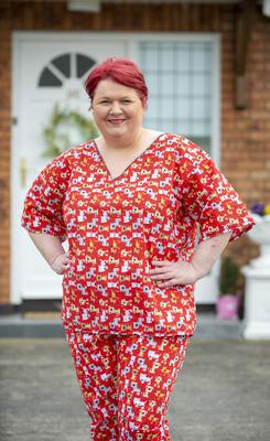 Over 800 sets of scrubs for nurses, including those who are visiting palliative care patients in their homes, have been made for free by a company in county Louth.