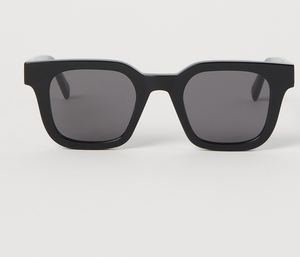 Chimi sunglasses (€39.99) from H&M