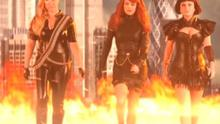 Amy Schumer, Tina Fey and Amy Poehler in parody of Taylor Swift's Bad Blood.
