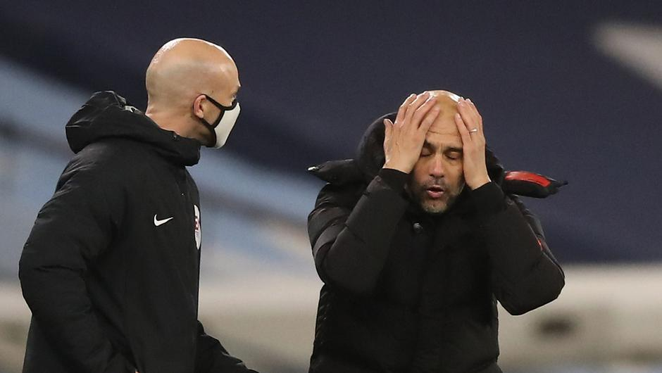 Manchester City manager Pep Guardiola reacts during the 1-1- draw with West Brom. REUTERS/Martin Rickett