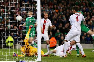 Football - Republic of Ireland v Poland - UEFA Euro 2016 Qualifying Group D - Aviva Stadium, Dublin, Republic of Ireland - 29/3/15 Ireland's Shane Long (L) scores their first goal Action Images via Reuters / Paul Childs Livepic EDITORIAL USE ONLY.