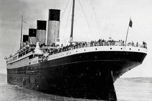 Titanic on its ill-fated voyage (Photo by Popperfoto/Getty Images)