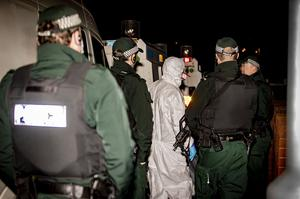 Police officers arrest a 36 y/o man and carry out searches in the Strathroy Park area of Ardoyne in north Belfast overnight for the murder of Robbie Lawlor on April 7th 2020 (Photo by Kevin Scott for Belfast Telegraph)