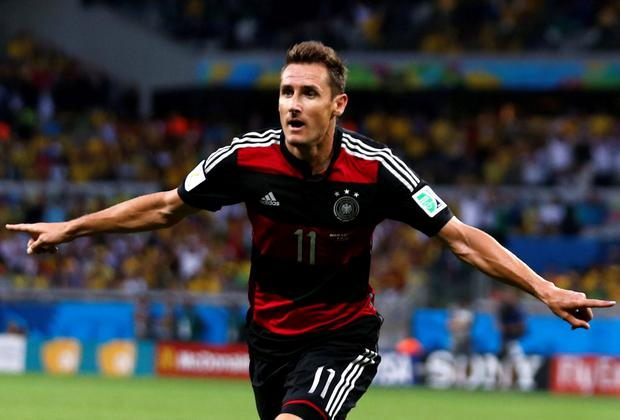 The absence of German veteran, Miroslav Klose, could be considered a slight boost for Martin O'Neill's Republic of Ireland squad in the run up to Euro 2016 qualifiers this Autumn. REUTERS/Marcos Brindicci/Files