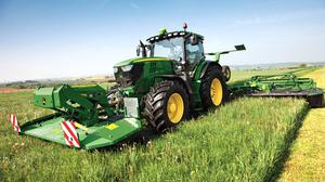 Checklist: Walk ground to check for fencing posts or other objects before allowing machinery in